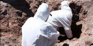 Encuentran 5 cuerpos en fosa de Edomex