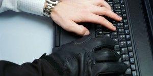 Roban hackers rusos 1.2 mil millones de contraseñas web