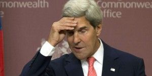 Secretario de Estado de EE.UU. obligado a volar en avión comercial