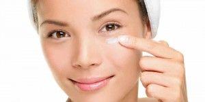 Dermatóloga recomienda tener cuidado con el maquillaje