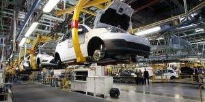 Sector automotriz brasileño disminuye producción por crisis de ventas