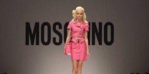 Barbie protagoniza desfile de Moschino