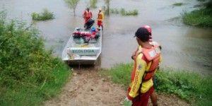 Menor fallece al tratar de cruzar cauce de río en Jalisco