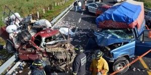 Mueren dos por choque en carretera de Edomex