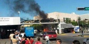 Disturbios entre comerciantes y policías en Guadalajara