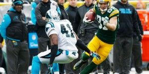 Green Bay arrasa con 38-17 a Panteras de Carolina