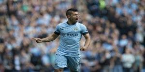 Gana City con 4 goles del Kun