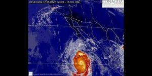 'Simon' ya es huracán categoría 3