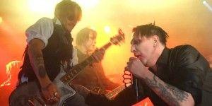 Johnny Depp y Marilyn Manson hacen mancuerna en concierto