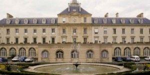 Atienden en París a paciente con ébola
