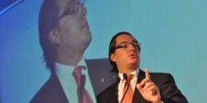 Es posible desvincular salario mínimo de leyes: Chertorivski