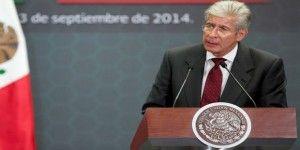 Senadores piden renuncia de titular de SCT
