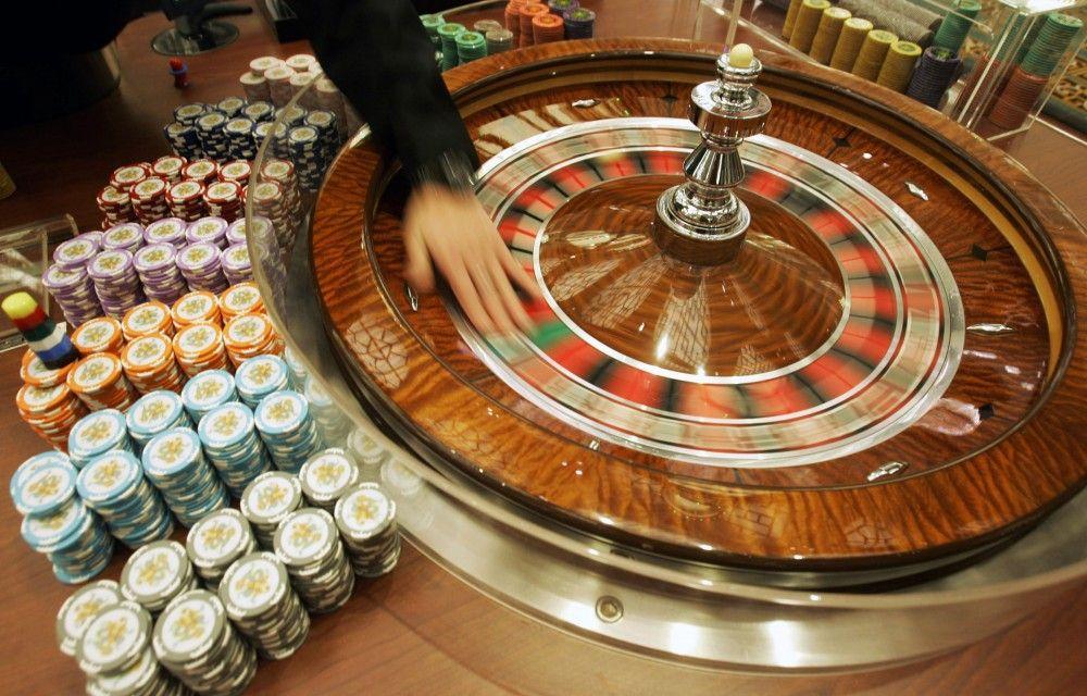 Destituyen a juez por otorgar amparos para operar casinos