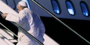 Papa Francisco inicia su viaje por Asia