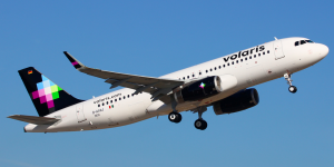 Falsa amenaza de bomba en avión de Volaris