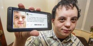 Hashtag consigue empleo a hombre con síndrome de Down