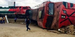 Tráiler descarrila ferrocarril en Aguascalientes