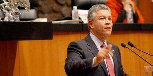 Acusaciones de Luis Cházaro son golpeteo político: David Penchyna