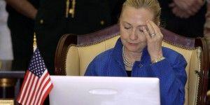 Diputados de EE.UU. investigarán correos de Clinton