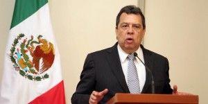 Ángel Aguirre pide licencia definitiva