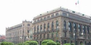Ingresos remanentes de Banxico servirán para proyectos en 2016