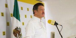 Navarrete pide a la PGR sustentar acusaciones contra esposa de Abarca