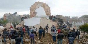 Líderes del mundo ofrecen ayuda a Nepal