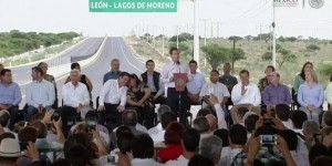 Entregan ampliación de carretera León-Lagos de Moreno