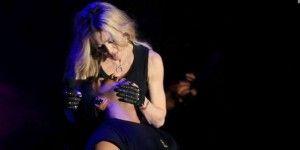Los memes del beso de Madonna y Drake