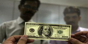 Remesas repuntan 11.7% anual en julio