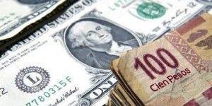 Cierra dólar en 16.02 pesos a la venta en bancos