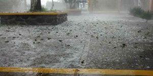 Reportan caída de granizo en tres estados del país
