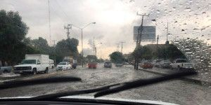 Fuertes lluvias causan inundaciones en Guadalajara