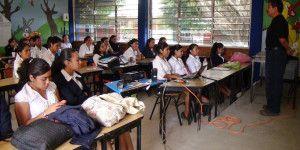 Maestros del CNTE regresan a clases en Oaxaca