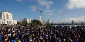 Golden State desfila por las calles de Oakland