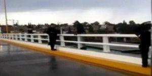 Policías de Aguascalientes evitan un suicidio