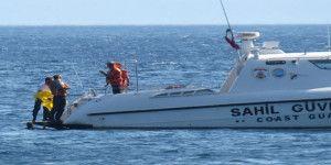Rescatan a bebé en el Mar Egeo