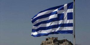 Aprueban tercer rescate financiero de Grecia