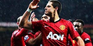 Chicharito aparece en primer equipo del Manchester