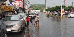 LLuvias afectan a tres municipios de Veracruz