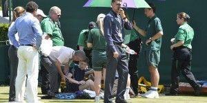 Recogepelotas se desmaya en Wimbledon