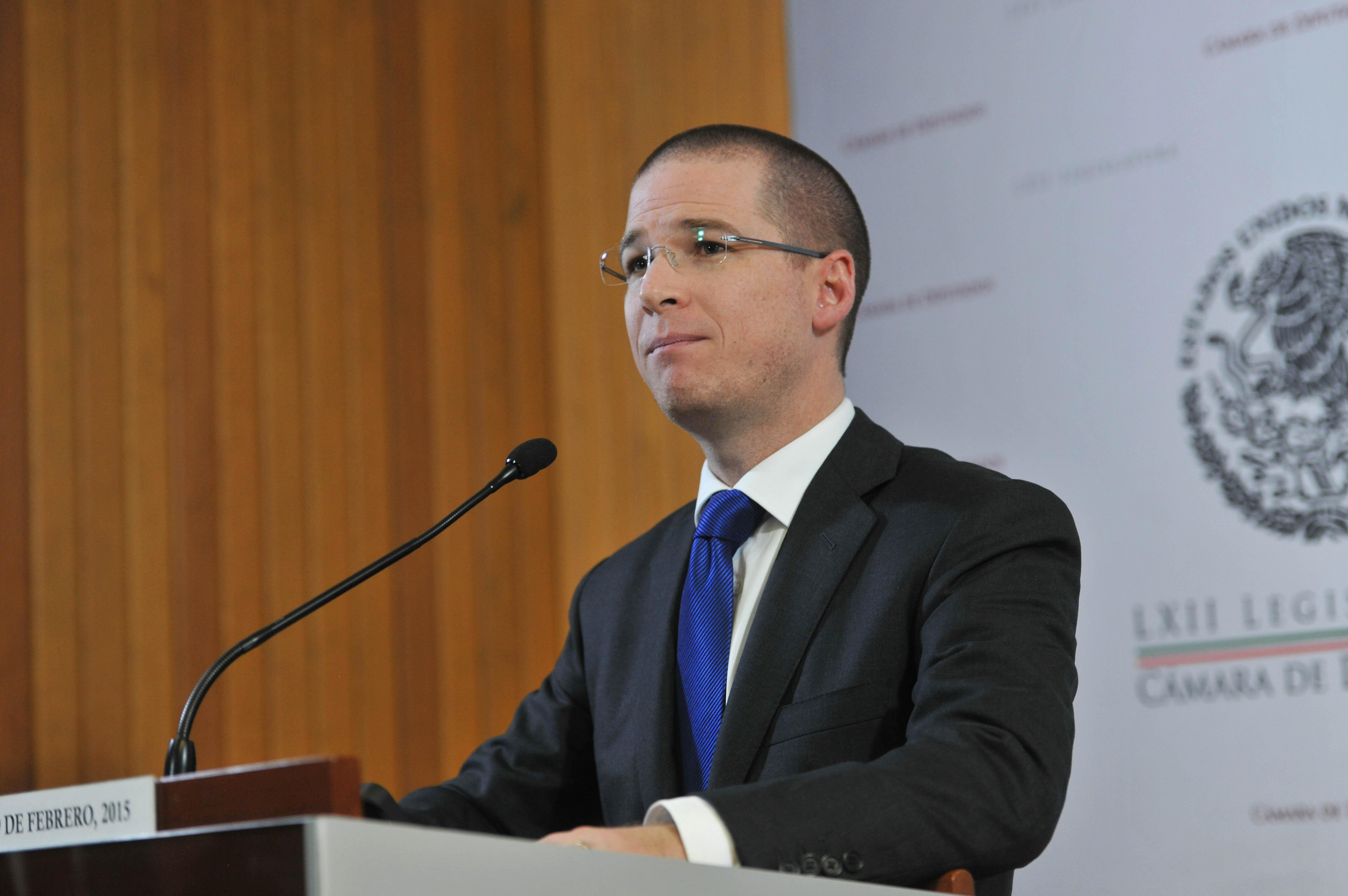 Comentó que su nombramiento fue decisión de Ricardo Anaya.