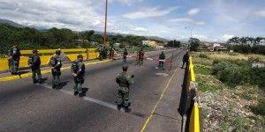 Cierran frontera entre Colombia y Venezuela por ataque armado