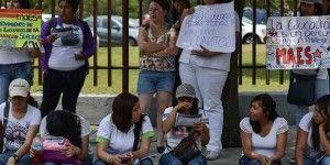Jóvenes rechazados del IPN exigen más plazas