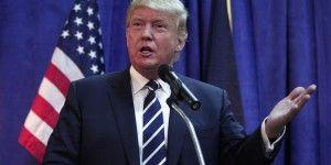 Trump critica a Zuckerberg por contratar inmigrantes