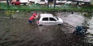 Ecatepec se inunda por lluvias