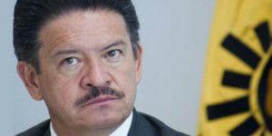 Pongo a disposición mi cargo como presidente del PRD: Navarrete