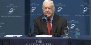 Jimmy Carter revela que tiene cáncer en el cerebro
