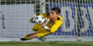 El Porto inscribe a Raúl Gudiño en su primer equipo