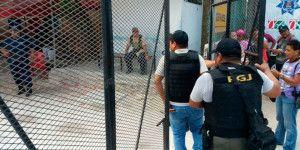 Riña en penal de Cancún deja 13 reos hospitalizados
